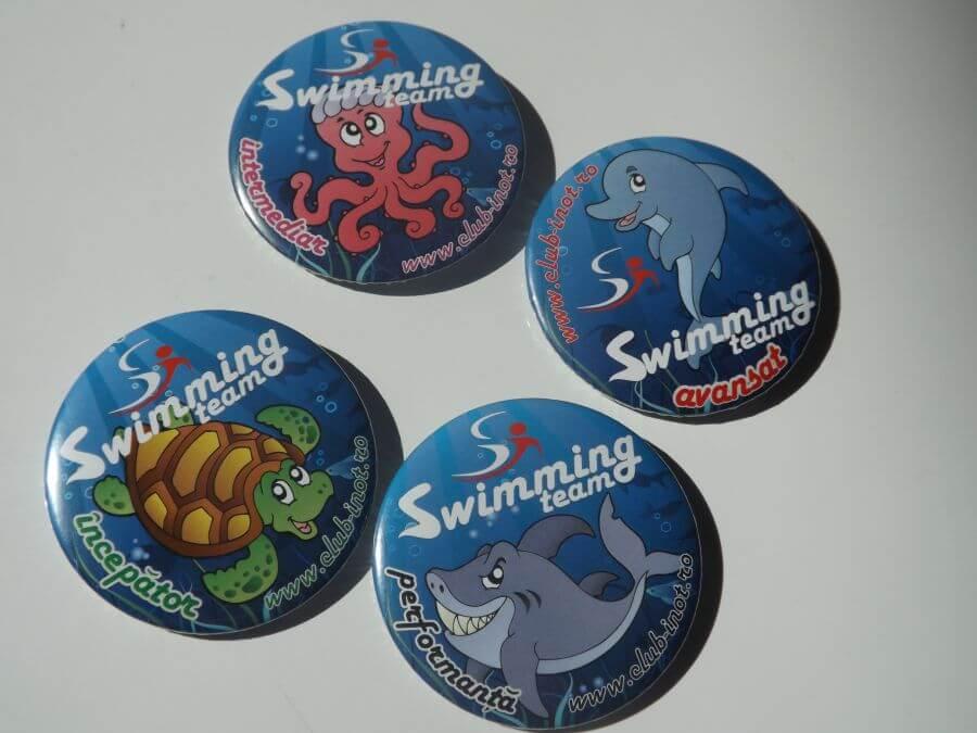 insigne swimming team
